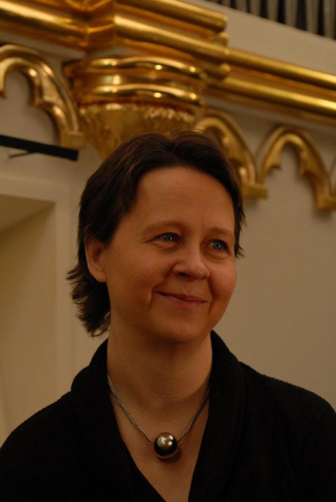 Marianne G B